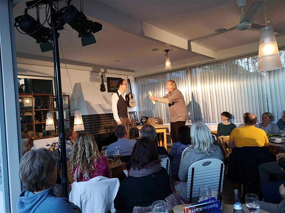 """Theater Lindnehof spielt """"Adolf und Chaim"""""""